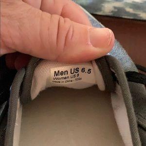 VANS 6.5 barely worn